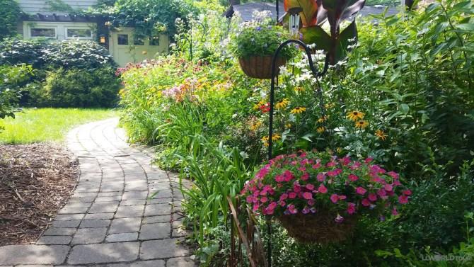 rm-garden-walk