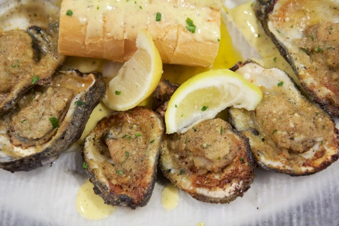 Felix's Charbroiled Oysters
