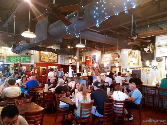 Central BBQ Dining Room