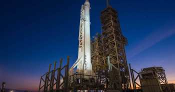 פלקון 9 על כן השיגור
