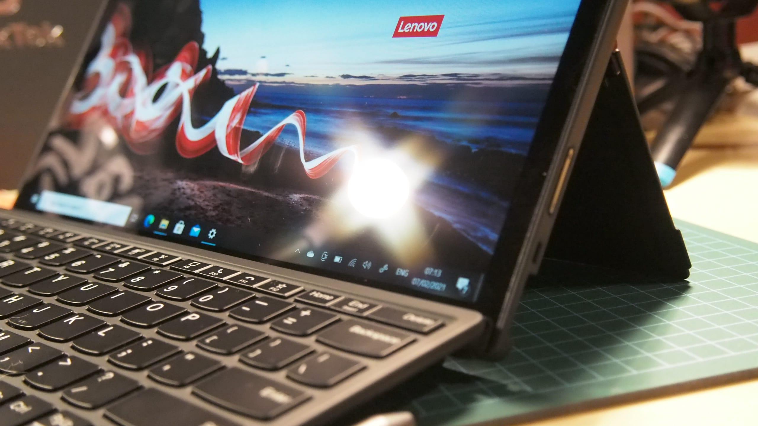 המסך של ThinkPad X12 Detachable