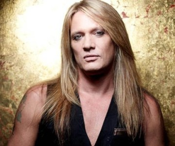"Sebastian Bach speaks on possible reunion with SKID ROW; ""Our managers are talking"""