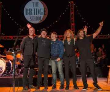 Video: Metallica perform with Neil Young at Bridge School Benefit..