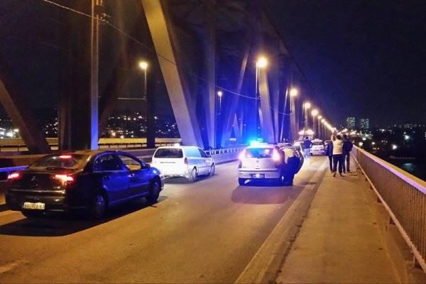Zbog sudara totalno blokiran Pančevački most - 2014
