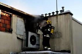 Požar na zgradi Opštine Palilula