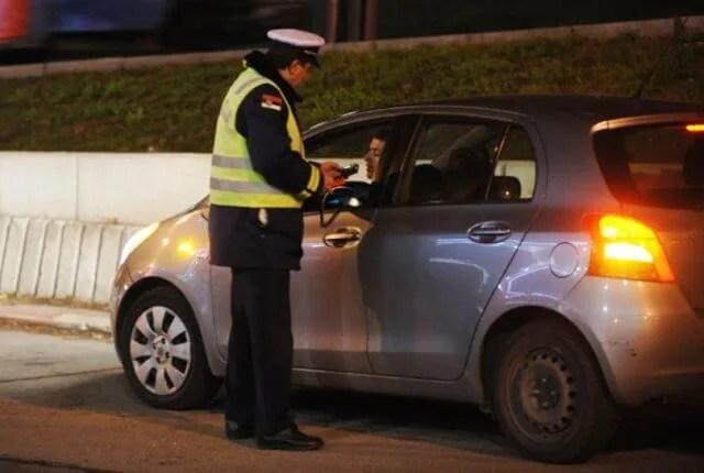 Na alkotestu palo 120 vozača, pljuštale kazne ali i zatvor u Padinskoj Skeli otvorio vrata!