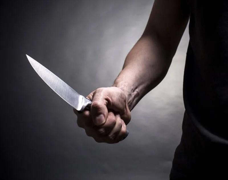 U Krnjači muž isekao nožem suprugu po licu - 05.12.2013