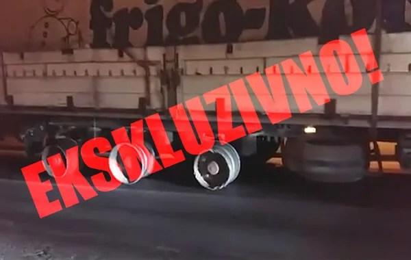 Šleper na felnama vozi Zrenjaninskim putem (VIDEO) - 2015