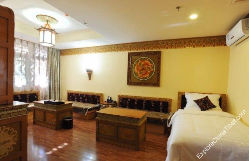 Tashi Nota Khangsang Hotel Deluxe Suite