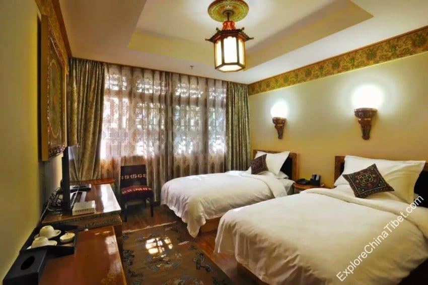 Tashi Nota Khangsang Hotel Deluxe twin Room