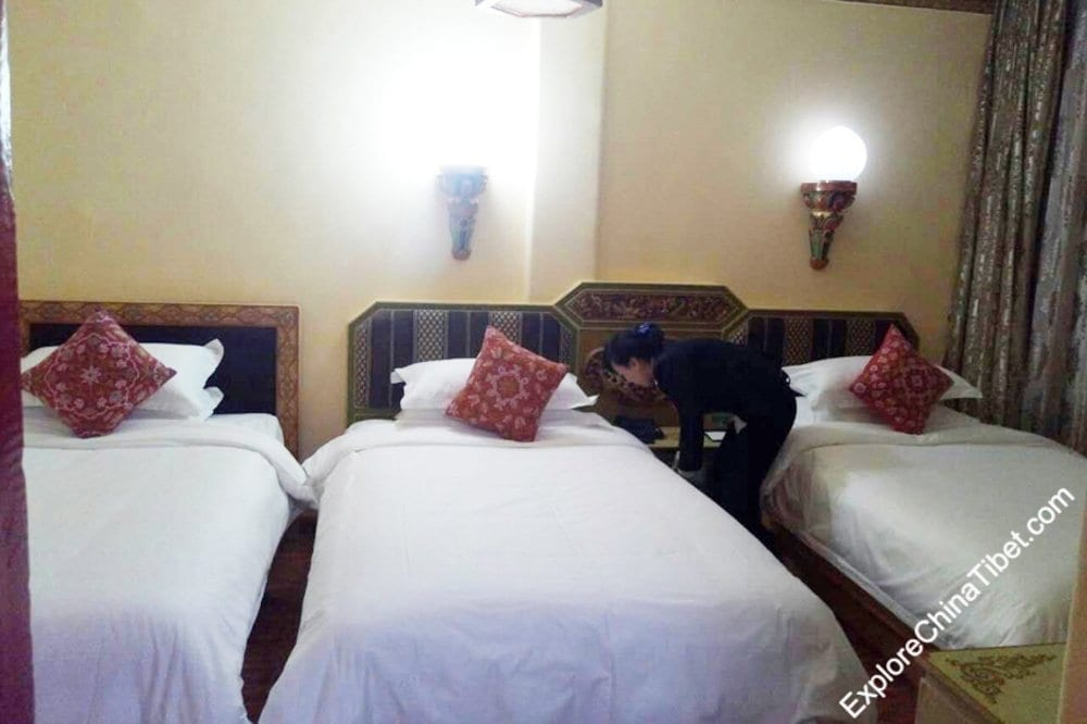 Tashi Nota Khangsang Hotel Classic Triple Room