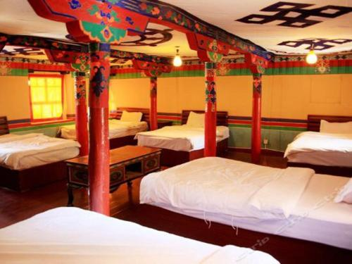 Lhasa Badacang Hotel Bed in 6-Bed Female Dormitory Room
