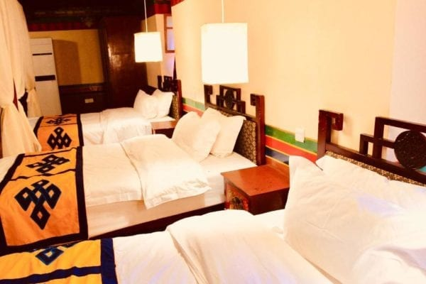 Lhasa Badacang Hotel Triple Room