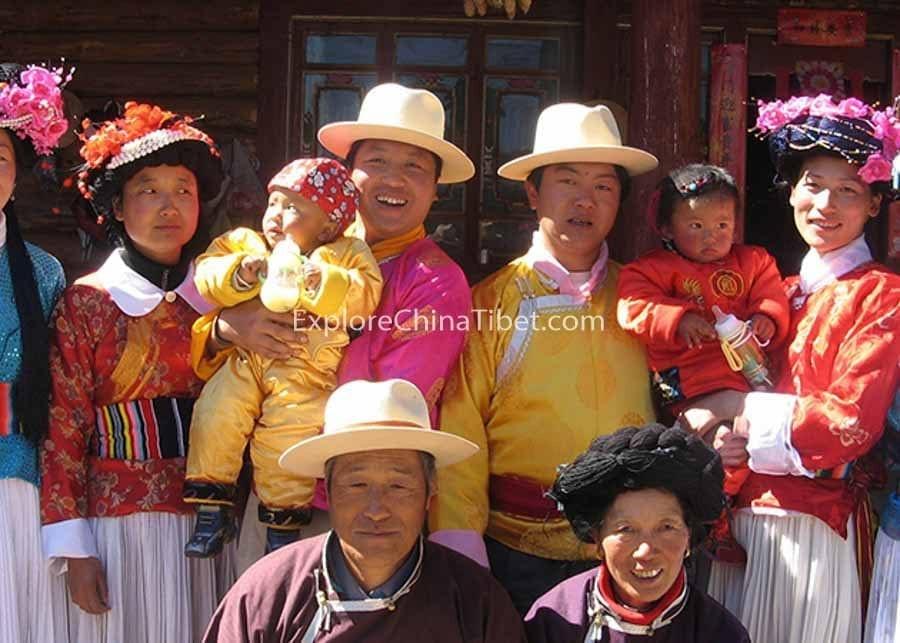 10 Days Yunnan Classic Tour with Holy Lugu Lake-mosuo-people-lugu-lake-ninglang-lijiang-travel-1-1