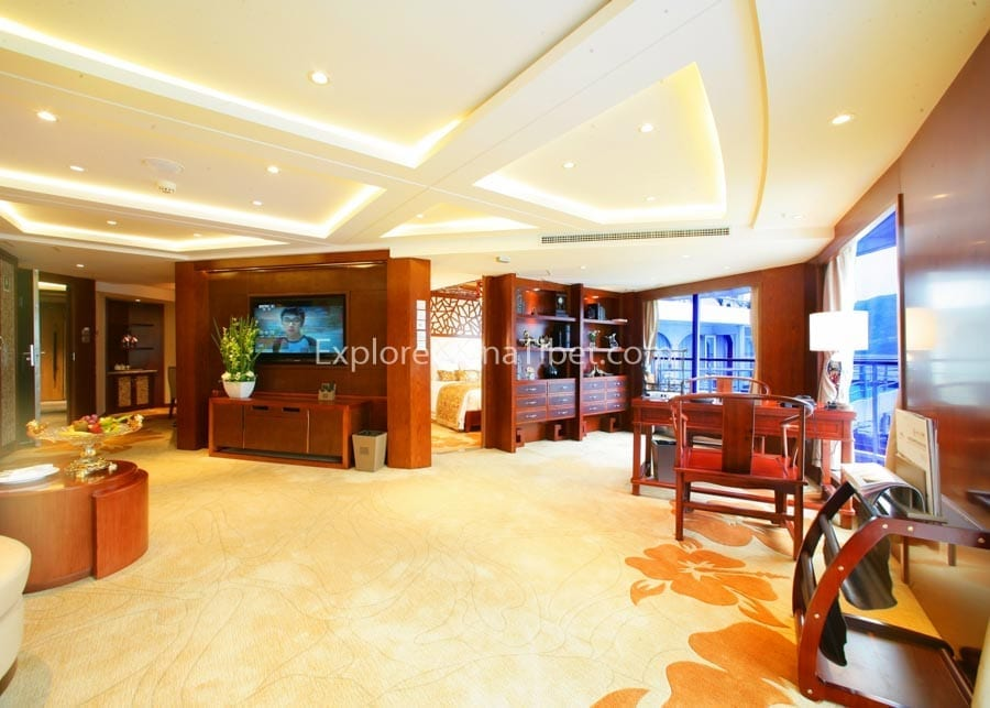 Chongqing to Yichang Century Legend Cruise Presidential Suite