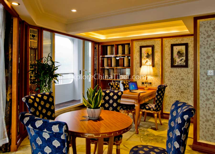 Chongqing to Yichang President No.8 Cruise Presidential Suite