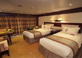 Chongqing to Yichang Victoria Anna Cruise Executive Suite