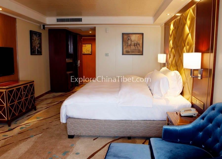 Chongqing to Yichang Yangtze Gold 2 Cruise Standard Cabin