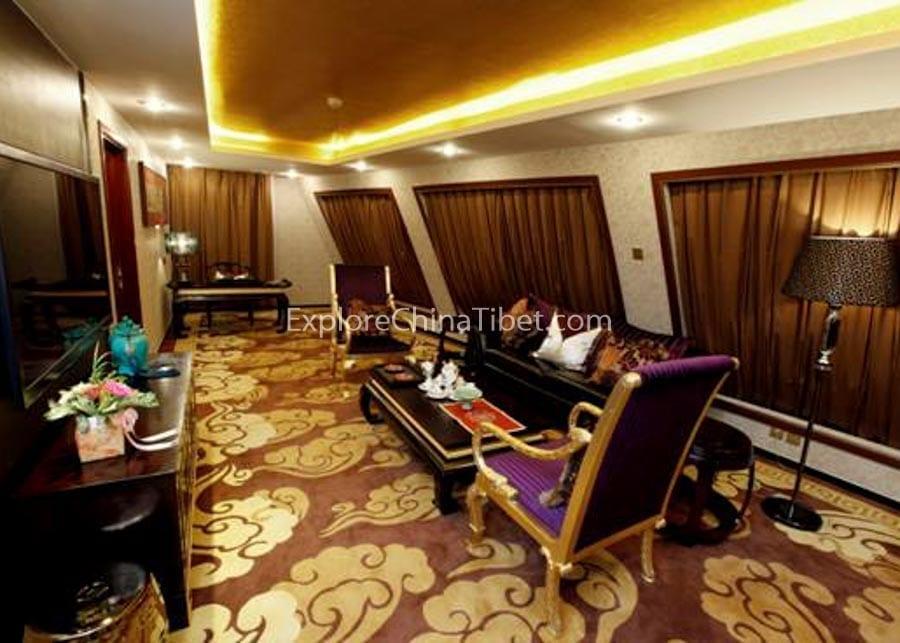 Chongqing to Yichang Yangtze Gold 6 Cruise Presidential Suite