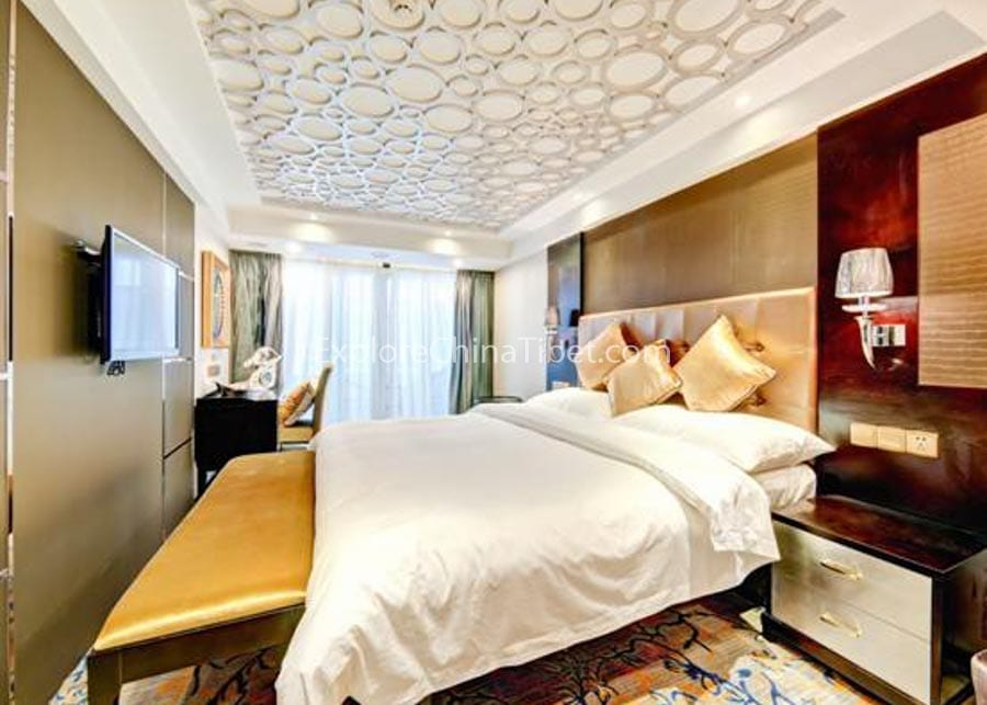 Chongqing to Yichang Yangtze Gold 7 Cruise Executive King-size Bed Cabin