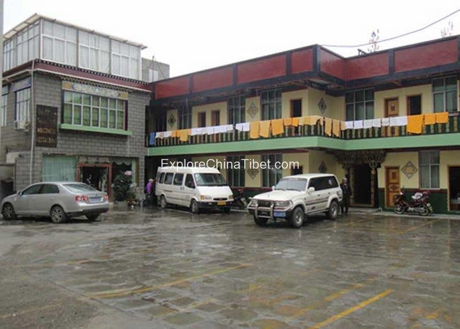 Gyantse Jian Zang Hotel-1