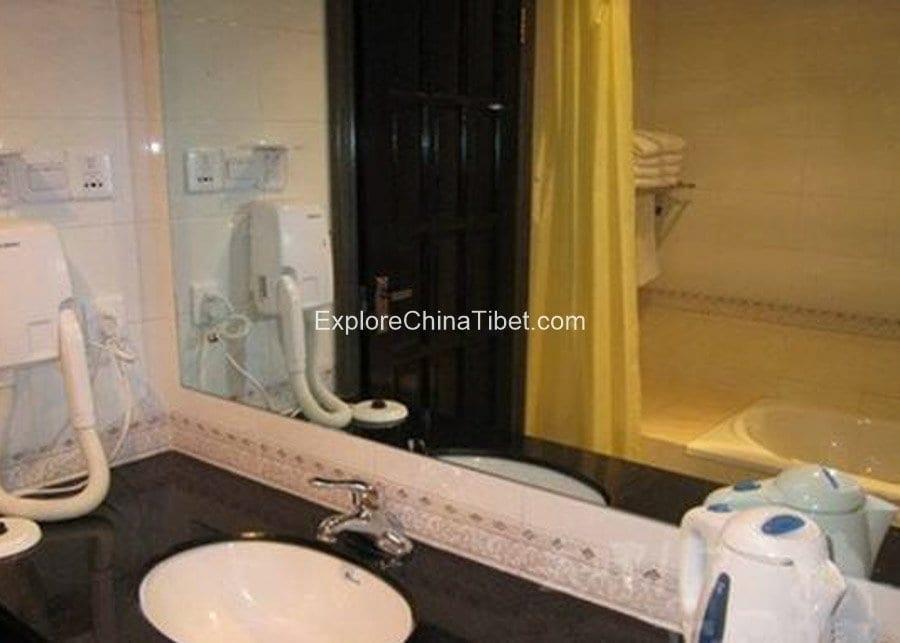 Nyingchi Shanshui Hotel Triple Room