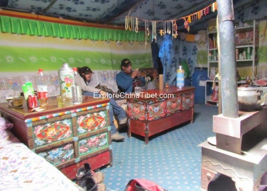 Rongbuk Monastery Hotel 5