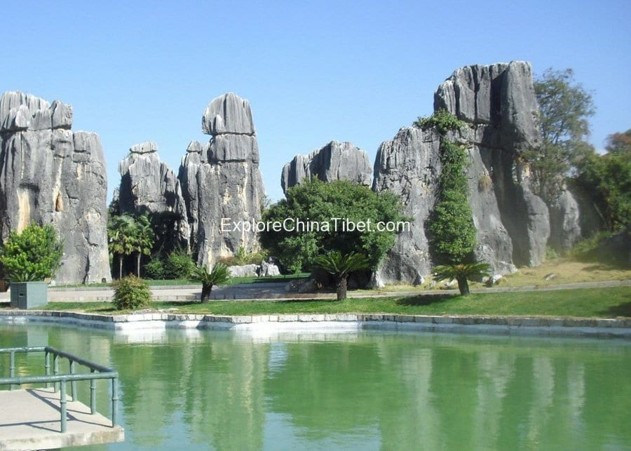 Stone Forest Kunming Local Tour Explore China Tibet 2