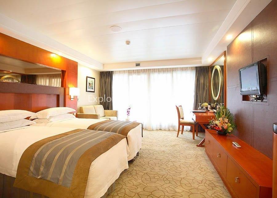 Yichang to Chongqing Century Diamond Cruise Junior Suite