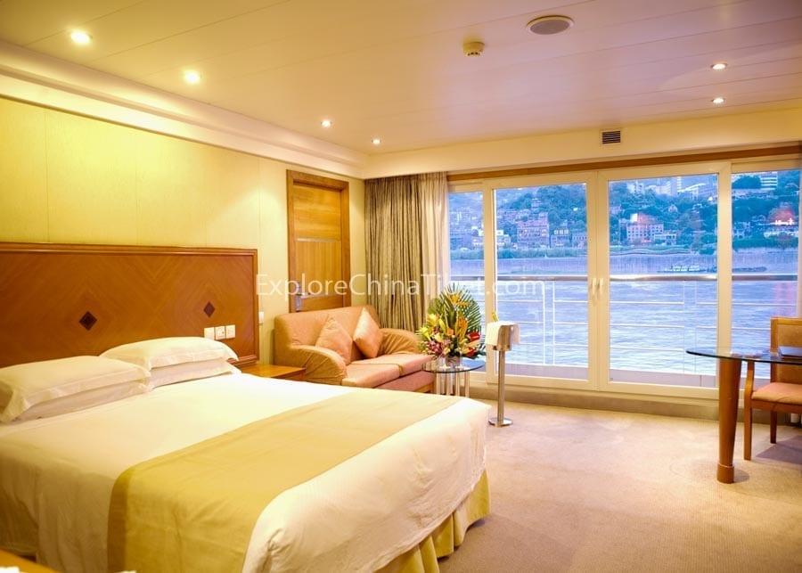 Yichang to Chongqing Century Sun Cruise Deluxe Suite