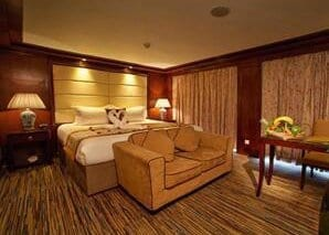 Yichang to Chongqing Victoria Anna Cruise Deluxe Suite