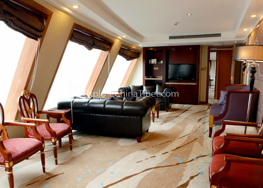 Yichang to Chongqing Yangtze Gold 2 Cruise Presidential Suite