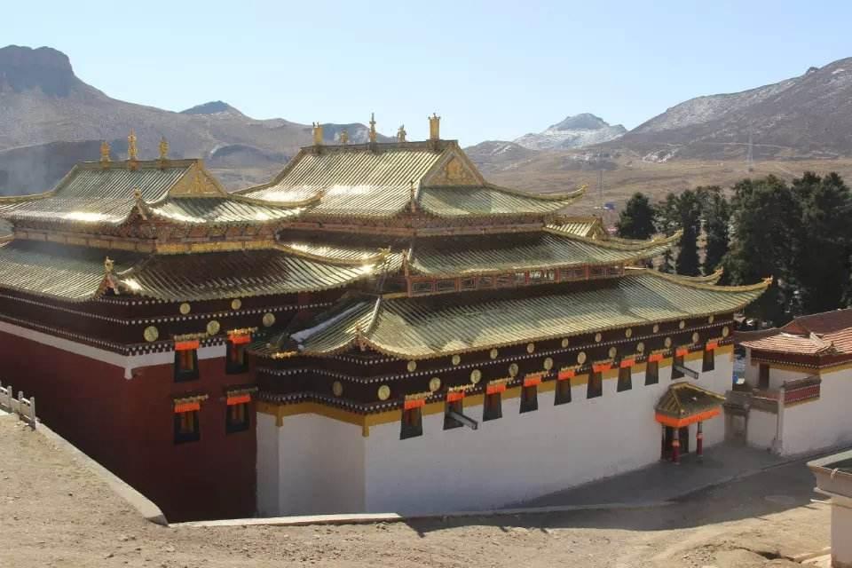 Labulun monastery at Xiahe county