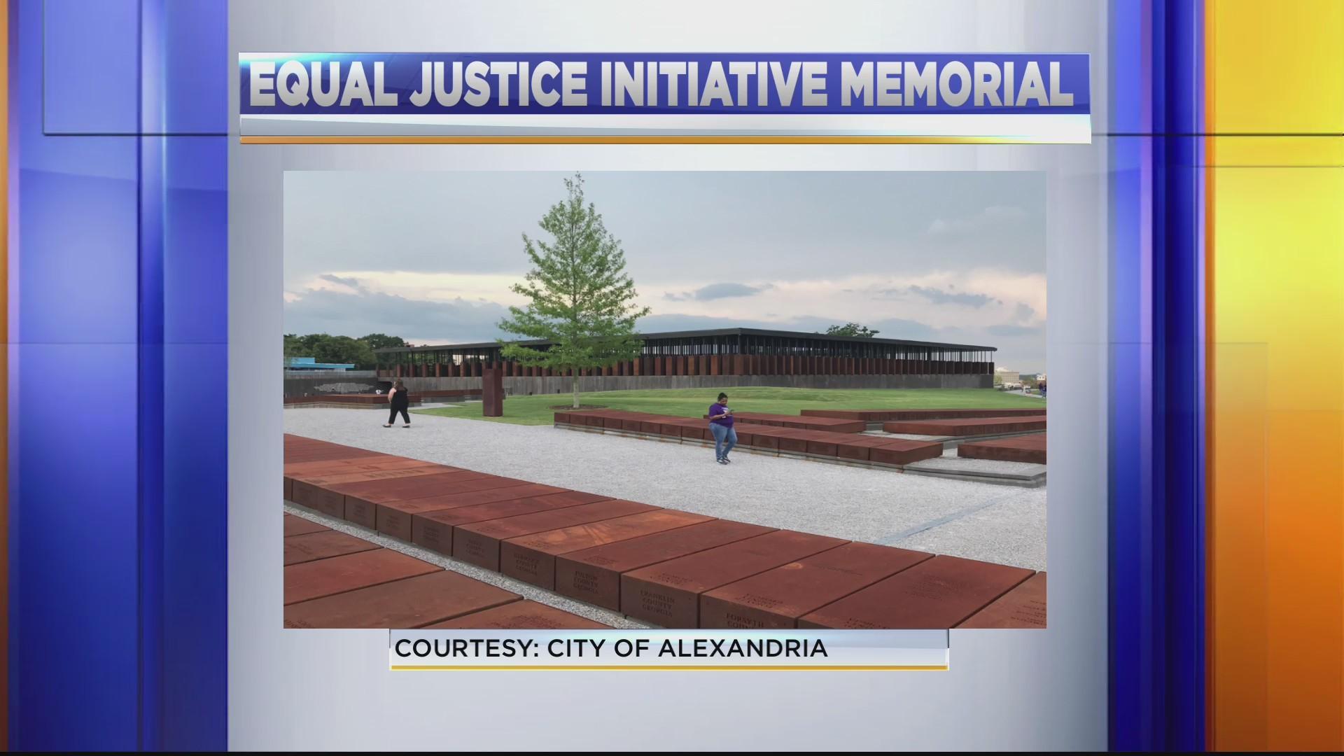 Alexandria_pillar_memorial_0_20190312231346