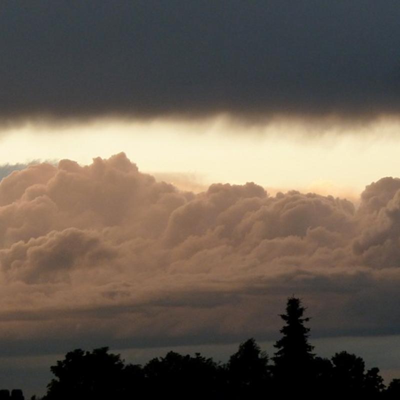 cumulunimbus clouds
