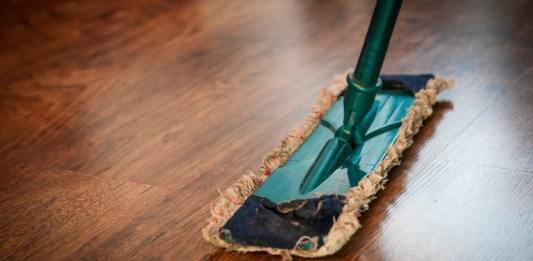 Clean Floors - Best Mops for Wood Floor Cleaning