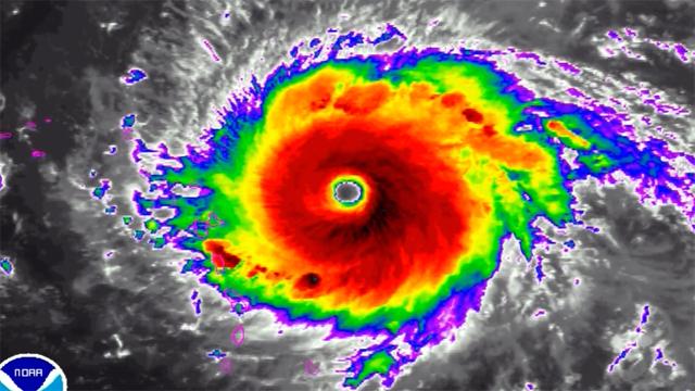 Hurricane Irma strengthens_1504645813393-159532.jpg00400801
