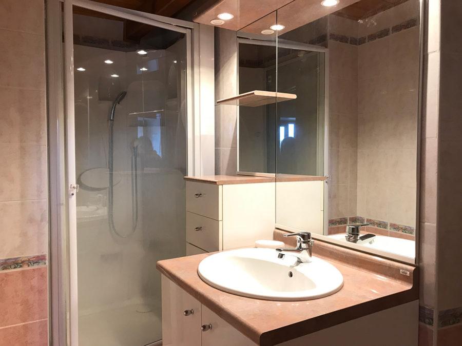 salle de bain location appartement corse galeria