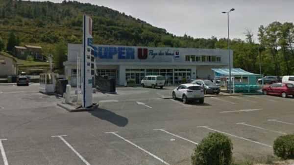 Super U location les Vans