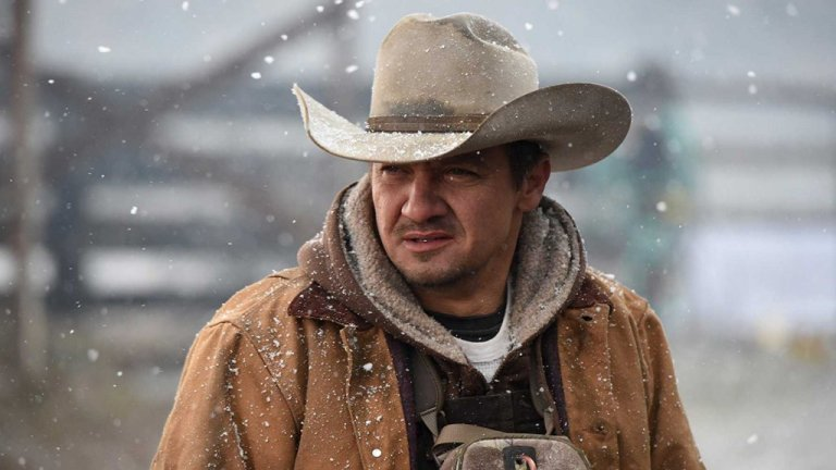 Jeremy Renner in I segreti di Wind River (2017)
