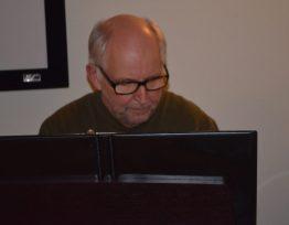Don Cameron - Piano & Vocals