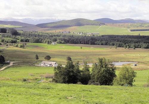 Balnafettach Farm panorama