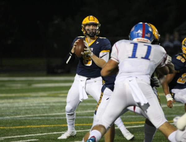 Football: Loudoun County Continues Historic Start, Shuts Out Riverside