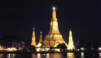 Wat Arun de noche