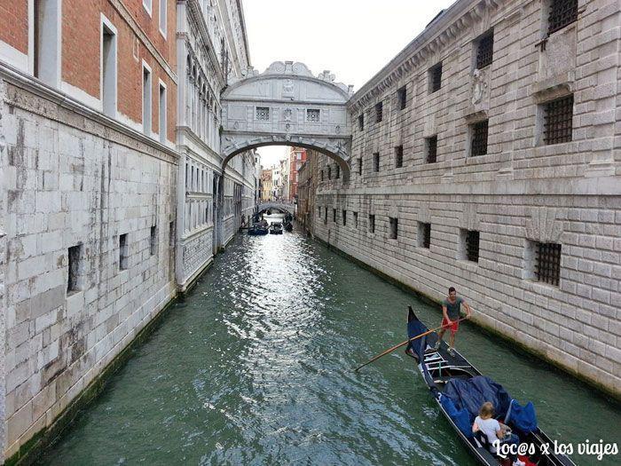 Puente de los Suspiros de Venecia
