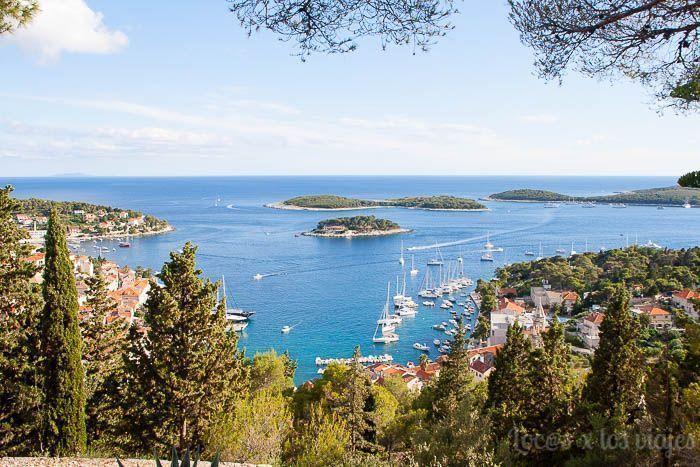 Vistas desde la Fortaleza Española en Hvar