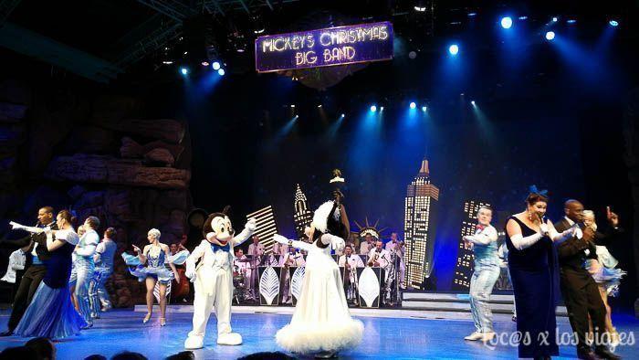 Espectáculo Mickey's Christmas Big Band en Disneyland París