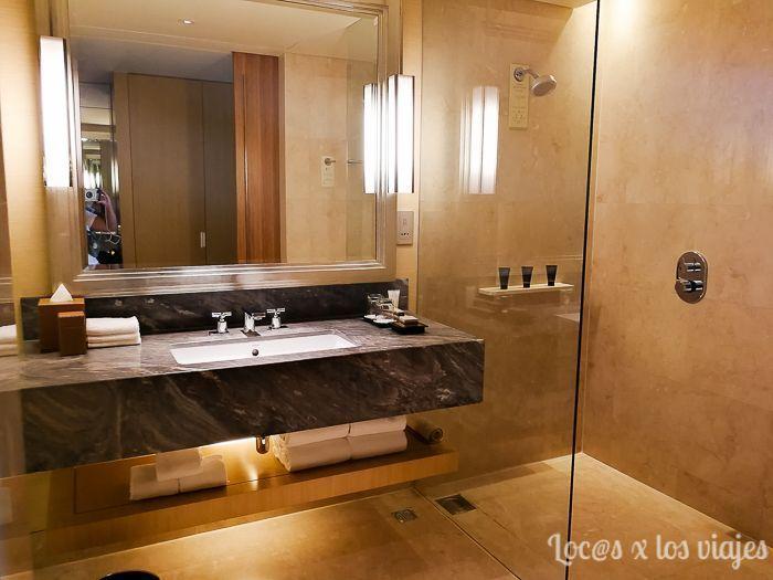 Baño de la habitación del Marina Sands Bay