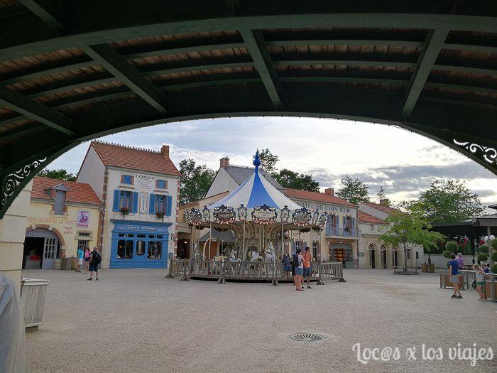 Puy du Fou: Le Bourg 1900