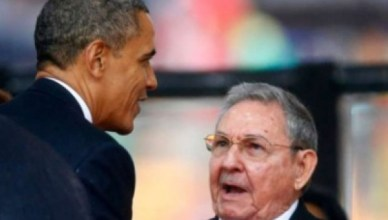 Cubaanse president Raul Castro en president Obama op de OAS-Top